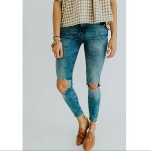 NWOT Free People | Busted Skinny Jeans